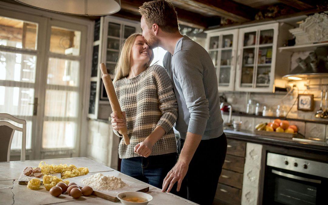 Ona gotuje? Zrób jej niespodziankę!